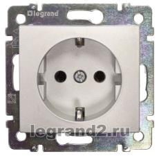 Розетка электрическая с заземлением Legrand Valena (алюминий)